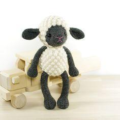Ravelry: Sheep pattern by Kristi Tullus €4.50 EUR