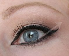 How To Do Cat-Eye Eyeliner with Tips for Hooded Eyes ~ Fashion Magazine Beauty Panel
