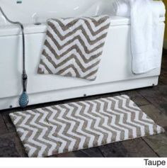 This 2 Piece Chevron Plush Bath Rug Set outfits your bathroom with luxurious comfort and style. The soft cotton reversible design and crochet lace border will bring style and soothing relief under your feet. Green Bathroom Rugs, Mint Green Bathrooms, Bathroom Bath, Bathroom Ideas, Bath Linens, Bath Rugs, Linen Store, Rug Store, White Rug