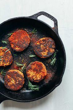 Spicy Tempeh Breakfast Sausage! 1 Bowl, SUPER flavorful, PROTEIN rich! #vegan #glutenfree
