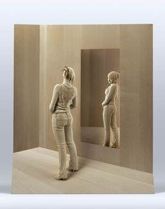 Italian artist Peter Demetz brings ordinary wood to life with his incredible, hand-carved figures. Wood Carving Art, Wood Art, Art Sculpture En Bois, Trash Art, Sculptures Céramiques, Human Art, Italian Artist, Amazing Art, Modern Art