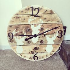 Large wooden clock , wooden spool/ cable spoil rustic style clock , cabin fever Large Wooden Spools, Wooden Cable Spools, Wood Spool, Huge Clock, Farmhouse Clocks, Wooden Clock, Craft Night, Cool Diy, Wood Art