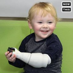 This dad 3D printed a prosthetic arm for his son