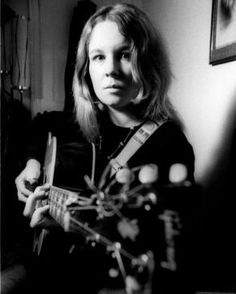 Sandy Denny (Alexandere Elene MacLean) (January 6, 1947 - April 21, 1978) American singer (best known from the bands Fairport Convention and The Strawbs).