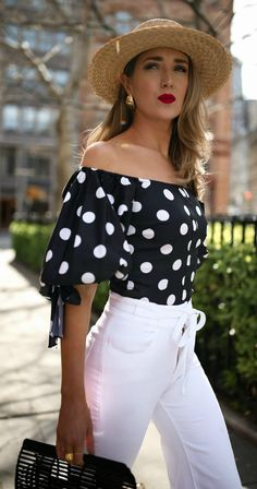 My favorite white denim for summer memorandum nyc fashion & Stylish Summer Outfits, Spring Dresses Casual, Spring Fashion Outfits, Nyc Fashion, Casual Outfits, Cute Outfits, Dress Casual, Fashion Fall, Womens Fashion