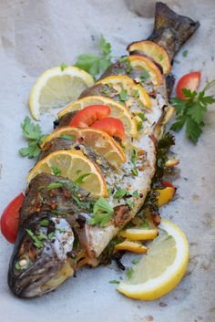 Fish Recipes, Seafood Recipes, Cooking Recipes, Jacque Pepin, Good Food, Yummy Food, Hungarian Recipes, Fish Dishes, Healthy Life