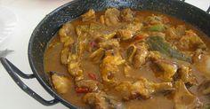 Caldereta de cordero Tapas Recipes, Meat Recipes, Mexican Food Recipes, Chicken Recipes, Cooking Recipes, Ethnic Recipes, Spanish Kitchen, Spanish Dishes, Gastronomia