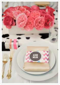 #Table Setting: chevron napkin bands