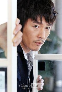 Jang hyuk Asian Actors, Korean Actors, Korean Dramas, Deep Rooted Tree, Fated To Love You, Jang Hyuk, Kdrama Actors, Korean Men, Love At First Sight
