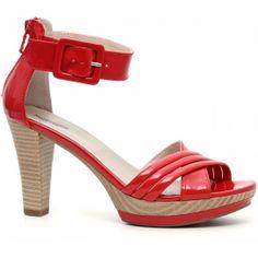 Sandali Nero Giardini in vernice  #sandali #sandals #heels #tacchi #womanshoes #fashion #mood #trend #shoes2014 #scarpedonna #shoes #scarpe #calzature #moda #woman #fashion #springsummer #primaveraestate #moda2014 #springsummer2014 #primaveraestate2014 #nerogiardini