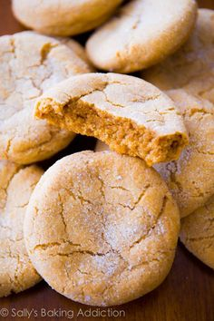 Chewy and super-soft Brown Sugar Cookie recipe by sallysbakingaddiction.com. No mixer required! @Sally [Sally's Baking Addiction]
