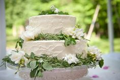 From the wedding at the Clermont Historic Site in Germantown, as seen in our Wedding of the Month. Photography by Dana Stripling of Stripling Photography (http://www.striplingphotography.com/). Cake by Classé Catering.