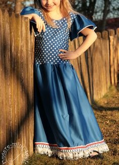 Das Flamenco-Kleid in alltagstauglich! - Erbsenprinzessin Blog Casual, Blog, Dresses, Fashion, Flamenco Dresses, Two Piece Outfit, Cotton Textile, Sewing For Kids, Princess
