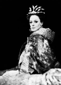Maggie Smith as Queen Jocasta - The Infernal Machine (1986)