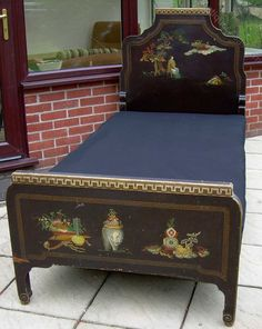 An Art Deco Chinoiserie 39 Inch Bed - Antiques Atlas