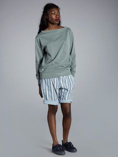 Cold Rain, Boat Neck, Sweatshirts, Clothes, Design, Women, Outfits, Clothing, Kleding