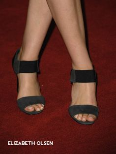 Actress Elizabeth Olsen arrives at The Hollywood Foreign Press Association's 2011 Installation Luncheon at Beverly Hills Hotel on August 2011 in Beverly Hills, California. Sherman Oaks California, Actress Feet, Elizabeth Olsen Scarlet Witch, Foot Photo, Jenifer Lawrence, Women's Feet, Hot Shoes, Celebs, Celebrities