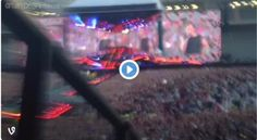 NO CONTROL HAS BEEN ADDED TO THE SETLIST!! WHO ELSE IS FREAKING OUT?! // @Tati1D5 (click pic to watch vid)
