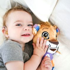 Leo the Lion has hearing aids just like your child! Ask your audiologist or hearing care professional for a free Phonak Leo stuffed animal plush toy! Sky Q hearing aids with glitter ear molds