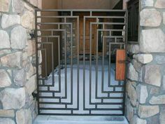 I'd love us to be able to have something like this, but suspect well and truly too expensive! Gate commission in Montana, timeless style steel gate inspired by Frank Lloyd Wright Steel Gate Design, Iron Gate Design, Metal Gates, Wrought Iron Gates, Metal Garden Gates, Grill Door Design, Fence Design, Tor Design, Gates And Railings