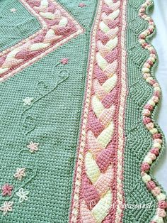 Orchard Song Throw / new / handmade / afghan von CrochetTreasures1