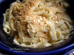 Frankenmuth Hot Buttered Noodles Ingredients for Noodles: 8 ounces medium egg noodles, thick or kluski 2 quarts chicken broth 1½ teaspoons poultry seasoning (instant bouillon is fine) pinch of pepper  Ingredients for Topping: 1 cup crushed saltine crackers (crumbs) 2 Tablespoons butter  Ingredients for Butter Sauce: 1/4 cup chicken broth 4 Tablespoons butter