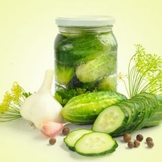 Dill Pickle Fragrance Oil by Nature's Garden Scents is the unique aroma of true dill pickles. You will our fun and creative wholesale fragrances. Candle Making Supplies, Soap Making Supplies, Wholesale Fragrance Oils, Room Scents, Soap Colorants, Green Soap, Aroma Beads, Homemade Pickles, Candlemaking