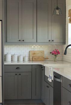 Grey kitchen white subway tiles planning a dream kitchen the mum diary gray kitchen cabinets with white subway tile Grey Kitchens, Home Kitchens, Shaker Style Kitchens, Tuscan Kitchens, Bright Kitchens, Custom Kitchens, Small Kitchens, Updated Kitchen, New Kitchen