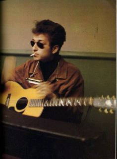 vintage everyday: 46 Interesting Color Photos of a Young Bob Dylan in the 1960s
