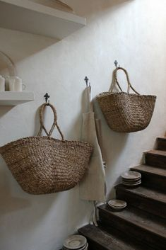 09-Home Inspiration September 2015-This Is Glamorous Market Baskets, Basket Bag, General Store, Wicker Baskets, Rustic Baskets, French Baskets, Vintage Baskets, Baskets For Storage, Storage Ideas