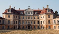 Abandoned mansion by Lukas Kr., via Flickr