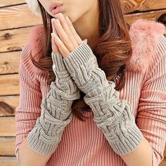 SHARE & Get it FREE | Pair of Chic Short Stripe Shape Long Knitted Fingerless Gloves For WomenFor Fashion Lovers only:80,000+ Items·FREE SHIPPING Join Dresslily: Get YOUR $50 NOW!