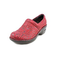 BOC slip-on casual clog Full-grain,metallic leather, suede,metallic suede or patent Contoured heel Women's Mules & Clogs, Mules Shoes, Nursing Shoes, Leather Clogs, Comfortable Fashion, Metallic Leather, Loafers Men, Oxford Shoes, Dress Shoes