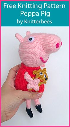 Free Knitting Pattern for Peppa Pig by Knitterbees Free Knitting Pattern for Peppa Pig - Toy softie of the famous pig with removable outfit and toy. Designed by Knitterbees. Baby Sweater Knitting Pattern, Animal Knitting Patterns, Christmas Knitting Patterns, Free Knitting, Knitting Toys Easy, Peppa Pig, Knitted Animals, Knitted Dolls, Stuffed Toys Patterns