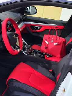 Hermes Kelly Bag, Hermes Bags, Luxury Purses, Luxury Bags, Best Cars For Teens, New Car Accessories, New Luxury Cars, Boujee Lifestyle, Luxe Life