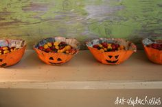 Pin Tweet Share +1I love adding a little something new to our home decor during the holidays and I love Halloween projects at this time of year. This week I made cute little Halloween papier mache treat bowls {yep, that's the French spelling … my Canadian background is coming through}.  They were so easy to …