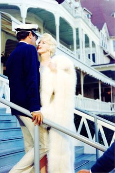 Marilyn Monroe and Tony Curtis on set of 'Some Like it Hot', 1958