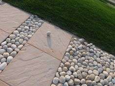 Picking Out Paving Stones : KVRiver.