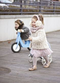 Vivi & Oli-Baby Fashion Life: Ready for winter Fashion Kids, Little Girl Fashion, Toddler Fashion, Cute Little Girls, Cute Kids, Cute Babies, Baby Kids, Outfits Niños, Winter Outfits For Girls
