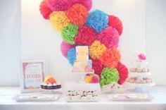 deco-pompon-mariage-multicolore