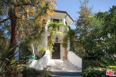 "Maybe it was the post-VMA blues. Less than four months after buying this enchanted Mediterranean-style mansion in the hip Los Angeles neighborhood of Los Feliz, singer-songwriter Sia wants to sell it for $295,000 more than she paid. The $4.995 million listing comes a few weeks after Taylor Swift's ""Blank Space"" beat out Sia's ""Elastic Heart"" for MTV's best female video of 2015. Sia won best choreography last year for ""Chandelier."" The 5-bedroom, 5-bath home has a fresh coat of paint…"