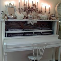 Penny's Vintage Home: Painted Piano!
