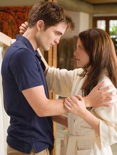Tv shows are Ruin my life. also love Kristen Stewart my bae Edward Cullen, Bella Cullen, Breaking Dawn Movie, Twilight Breaking Dawn, Twilight Bella And Edward, Edward Bella, Twilight Saga Series, Twilight Cast, Robert Pattinson Twilight