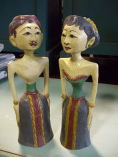 Set of 2 hand carved/painted Loro Blonyo's from Indonesia (Inseparable Couple).  $21.  SOLD.