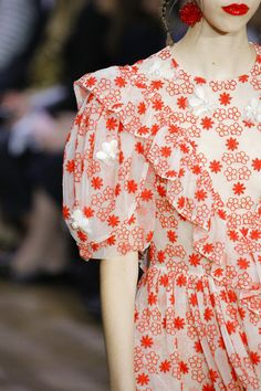 See the complete Simone Rocha Spring 2017 Ready-to-Wear collection.