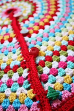 Cherry Heart's crocheted Christmas Tree Skirt