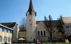 Imagini pentru biserica terezian sibiu Mansions, House Styles, Building, Travel, Home Decor, Viajes, Decoration Home, Room Decor, Villas