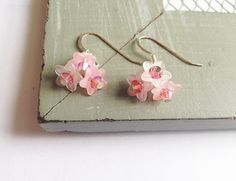 Spring Blossom Pink Lucite Flower Earrings by DesignsbyZoZo, Diy Jewelry, Jewelery, Unique Jewelry, Lucite Flower Earrings, Spring Blossom, Beads, Trending Outfits, Handmade Gifts, Flowers