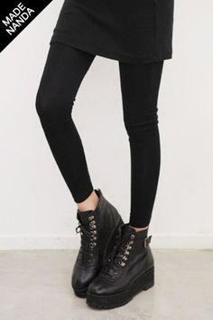 Today's Hot Pick :非常实用的基本打底裤 http://fashionstylep.com/SFSELFAA0023443/stylenandacn/out 非常实用的基本打底裤 像最近的天气每天都适穿的好东东 整体上没有过多细节设计就是基本型的啦 采用很有舒服的面料制成,穿起来很轻便 这个东东可以当一般的衣服穿很随性 而且腰间弹力宽边处理,穿着舒适 穿起来非常舒服所以长时间穿也不会有不适感 此东东不管在家还是外出 都能把你打造出时尚范儿, 无论什么时候穿都会令心情大靓的东东~ 目前一共为MM们准备了3款颜色 预购从速吧:)