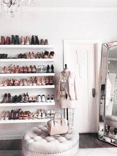 pretty modern closet ideas that every women will love 12 ~ mantulgan.me pretty modern closet ideas that every women will love 12 ~ mantulgan. Glam Closet, Closet Vanity, Modern Closet, Vanity Room, Closet Bedroom, Walk In Closet, Closet Small, Shoe Closet, Dressing Room Closet